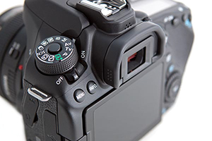 Canon-80D-Experience-Body-01